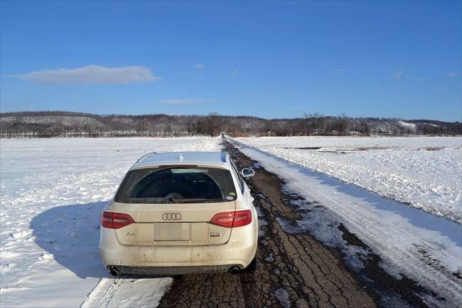 Audi A4AVANT 後ろから撮影