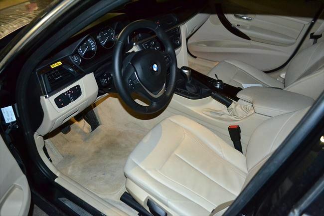 318dラグジュアリーの内装(運転席)