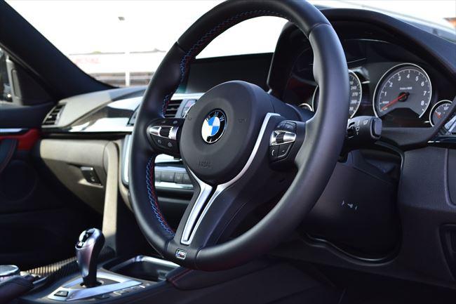 BMW M4 インテリア