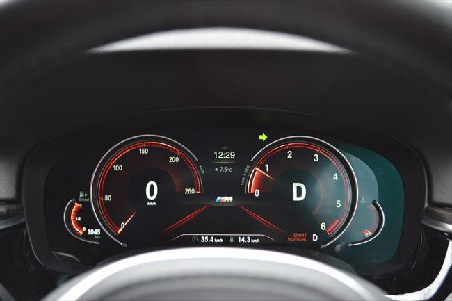 BMW 5シリーズ スポーツモード