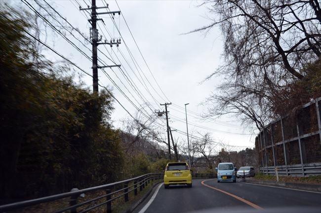 BMW 523d Mスポーツ 山道走行