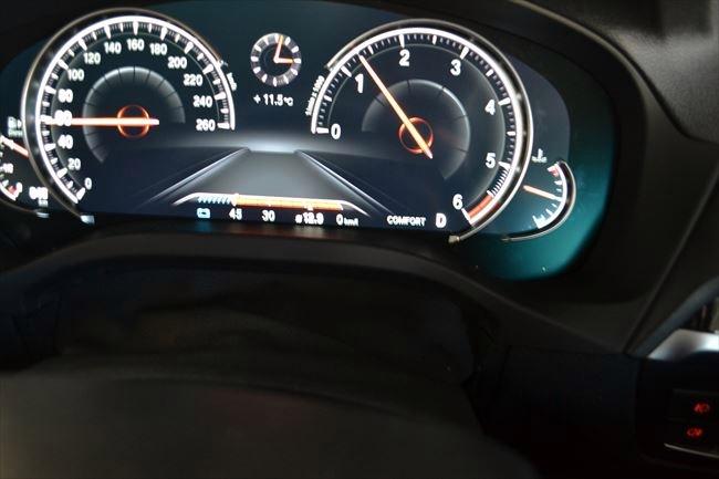 BMW X3 速度計