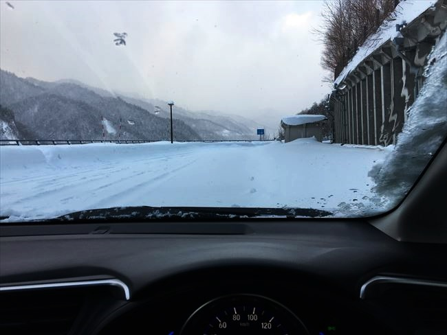 FIT HV 4WD 雪道走行