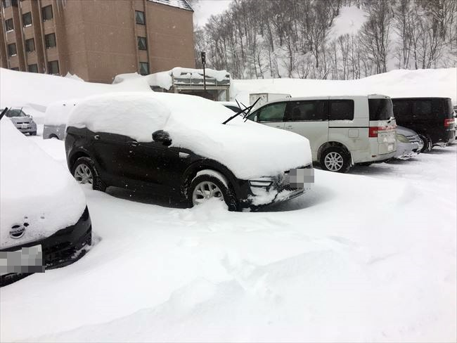 ランドローバー ディスカバリースポーツで雪道走行性能