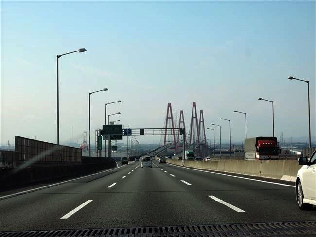 CT200hで高速道路をツーリング