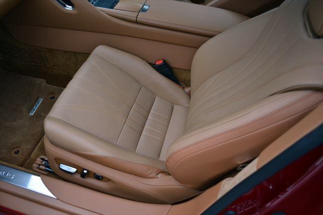 レクサスLC500 Lパッケージ 助手席