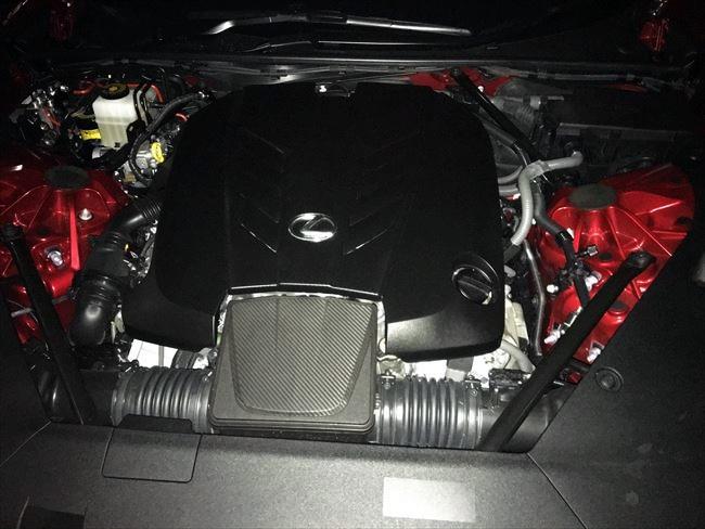 レクサスLC500のNAエンジン