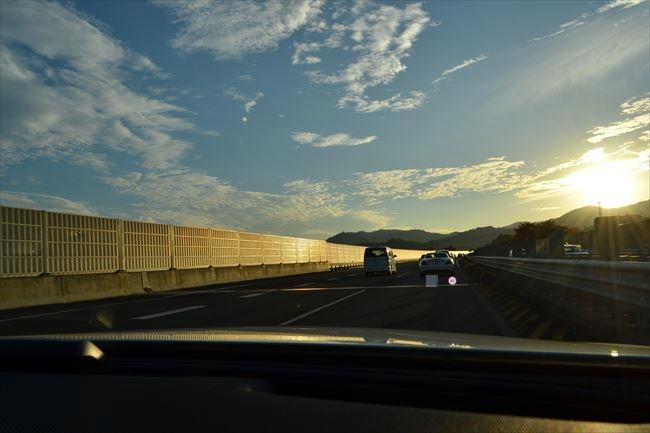 メルセデスAMG E43 4MATIC 高速道路