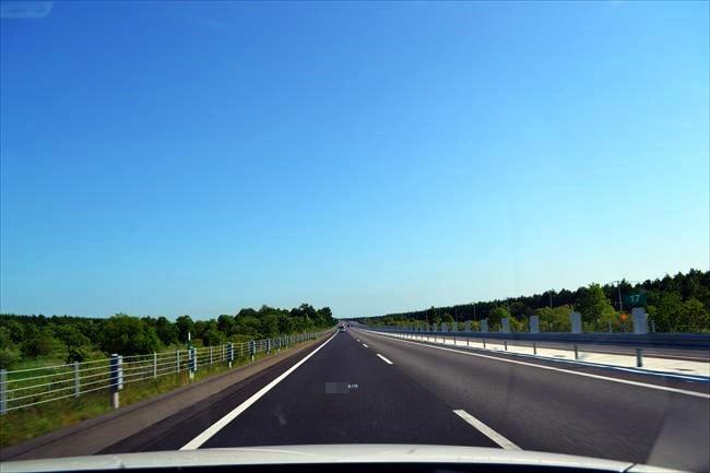 CX-5 高速道路を走行