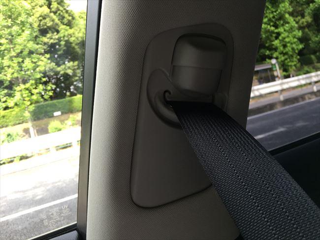 印象的なシートベルト