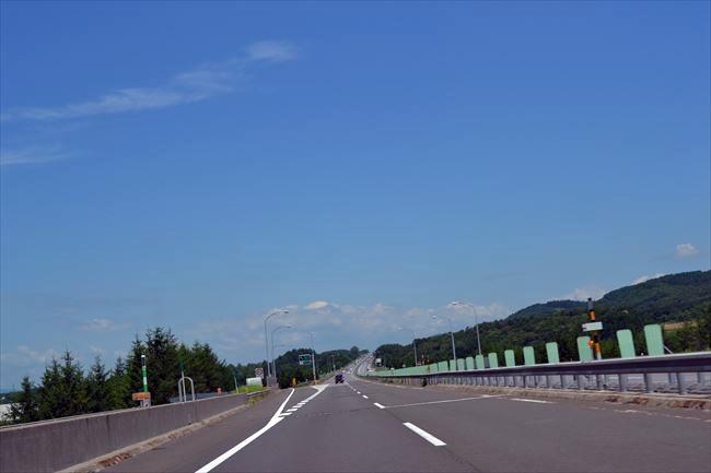 道央自動車道を走行