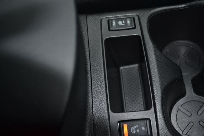 2WD(4WDモードスイッチ非装備)