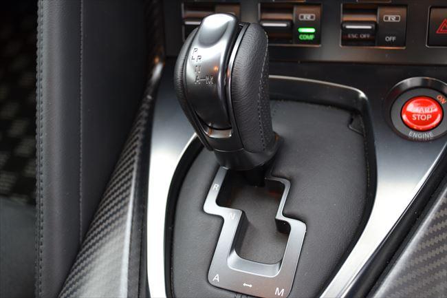 GT-Rのシフトレバー
