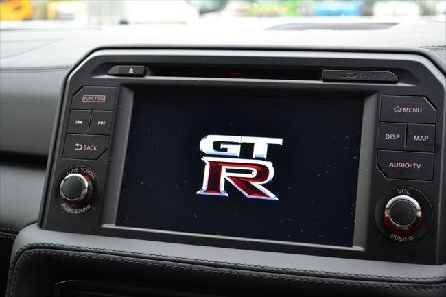 R35 GT-R 純正ナビ