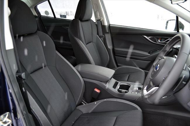インプレッサG4 2.0i-Lのフロントシート