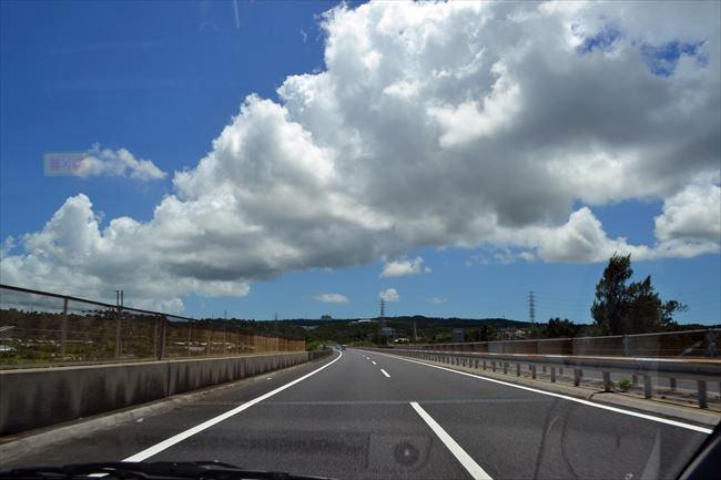 アルトワークスで高速道路を走行
