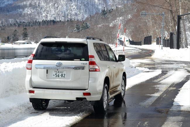 ランドクルーザー プラド TZ-G 支笏湖で撮影