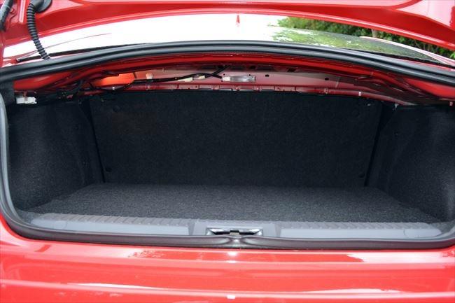 トヨタ 86 GT  トランクルーム