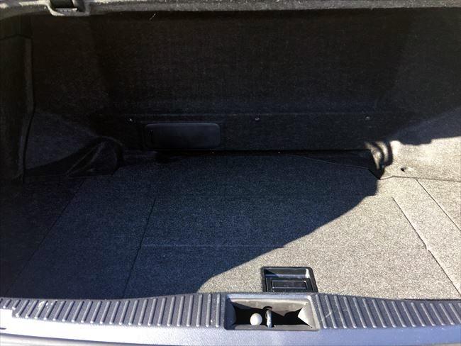 トヨタ 210系クラウンアスリート トランク