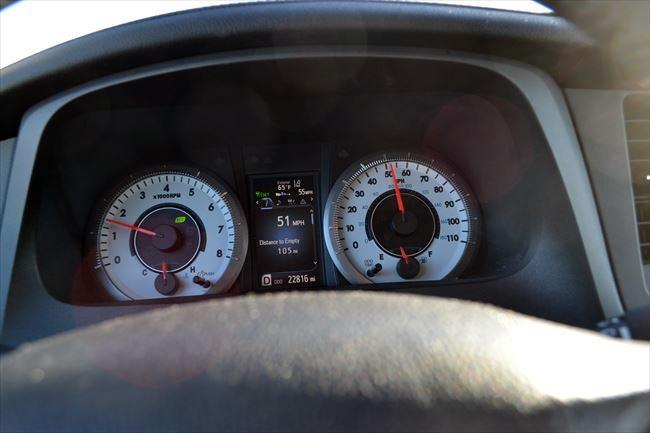 トヨタ シエナ SE 速度計