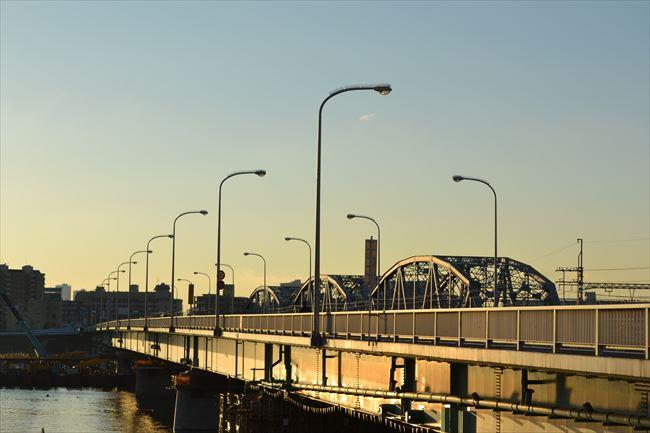 40km/h制限の橋の上